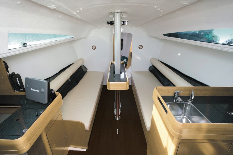 boat-Sun-Fast-3200_interieur_2013112015515836