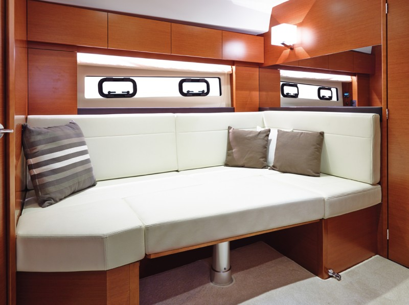 boat-Leader40_interieur_2013112614085949
