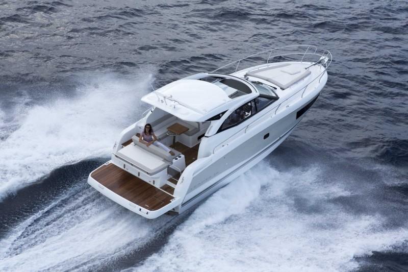 boat-Leader36_exterieur_201411191149488