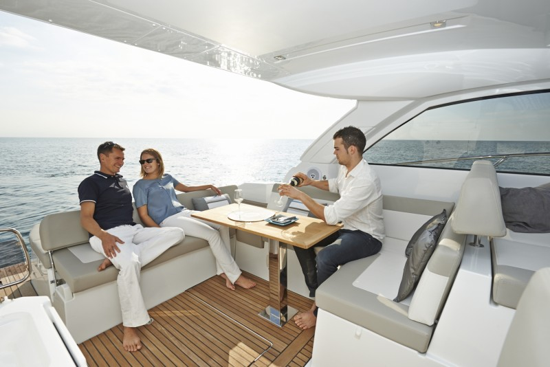 boat-Leader40_exterieur_2013112614323810