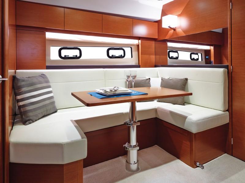 boat-Leader40_interieur_201311261408354