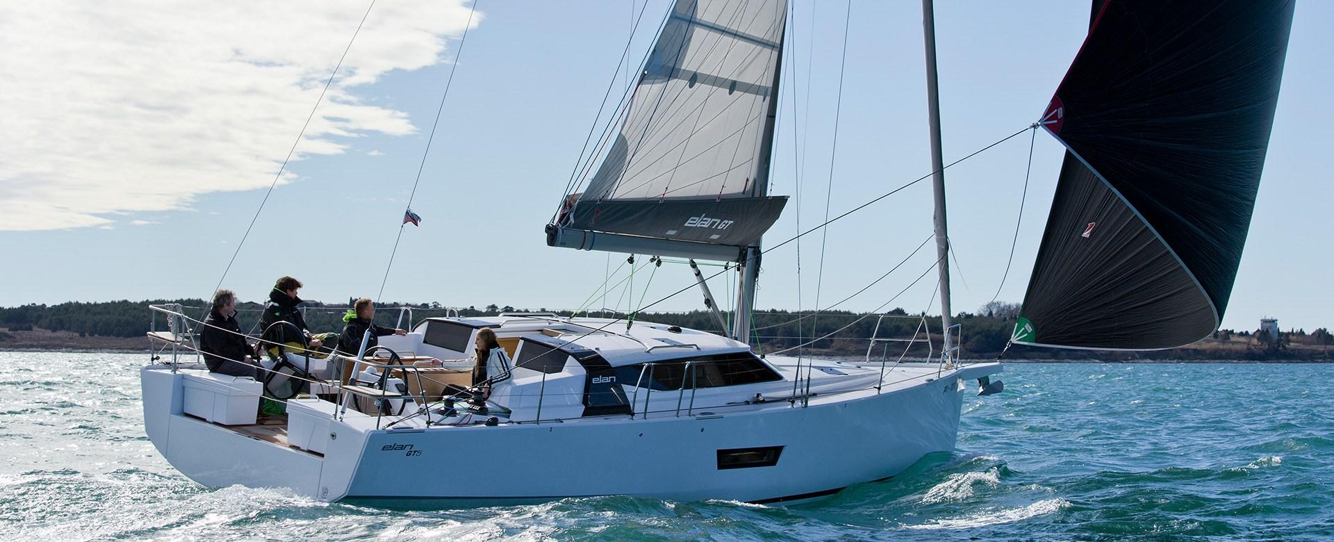 California_Yacht_Imports-slider-elangt5-luxury-boat1